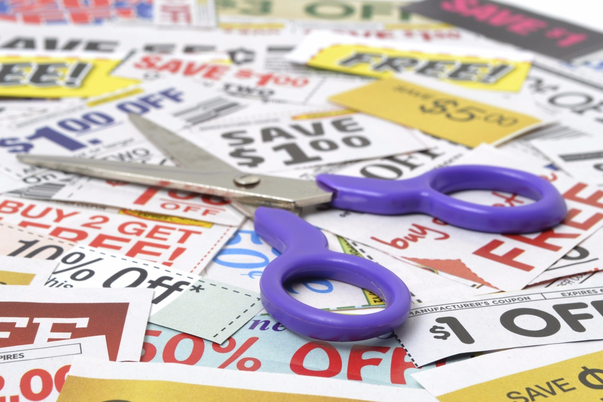 10 National Retailers That Allow Coupon Stacking