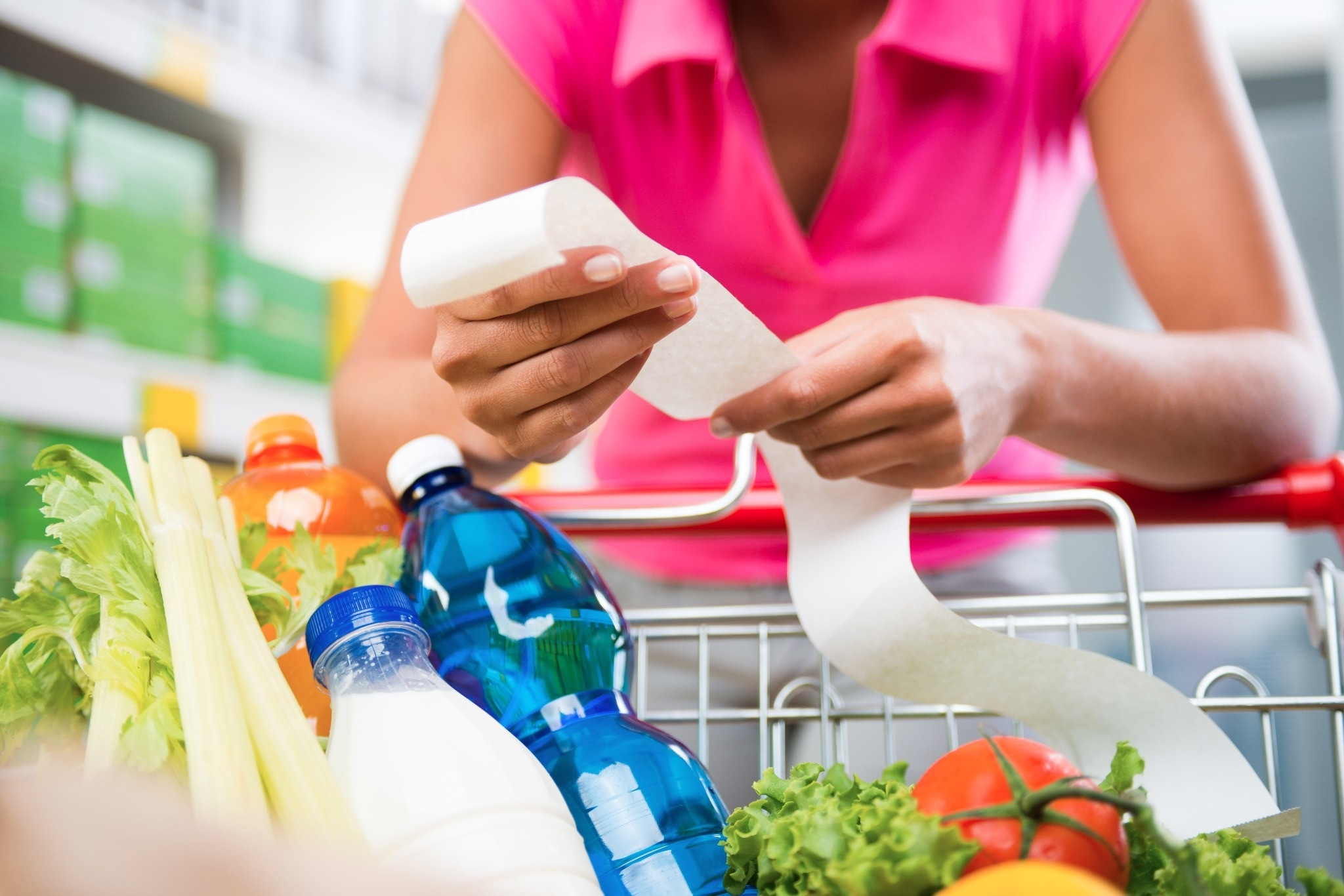 10 Easy Ways to Save Money at the Grocery Store