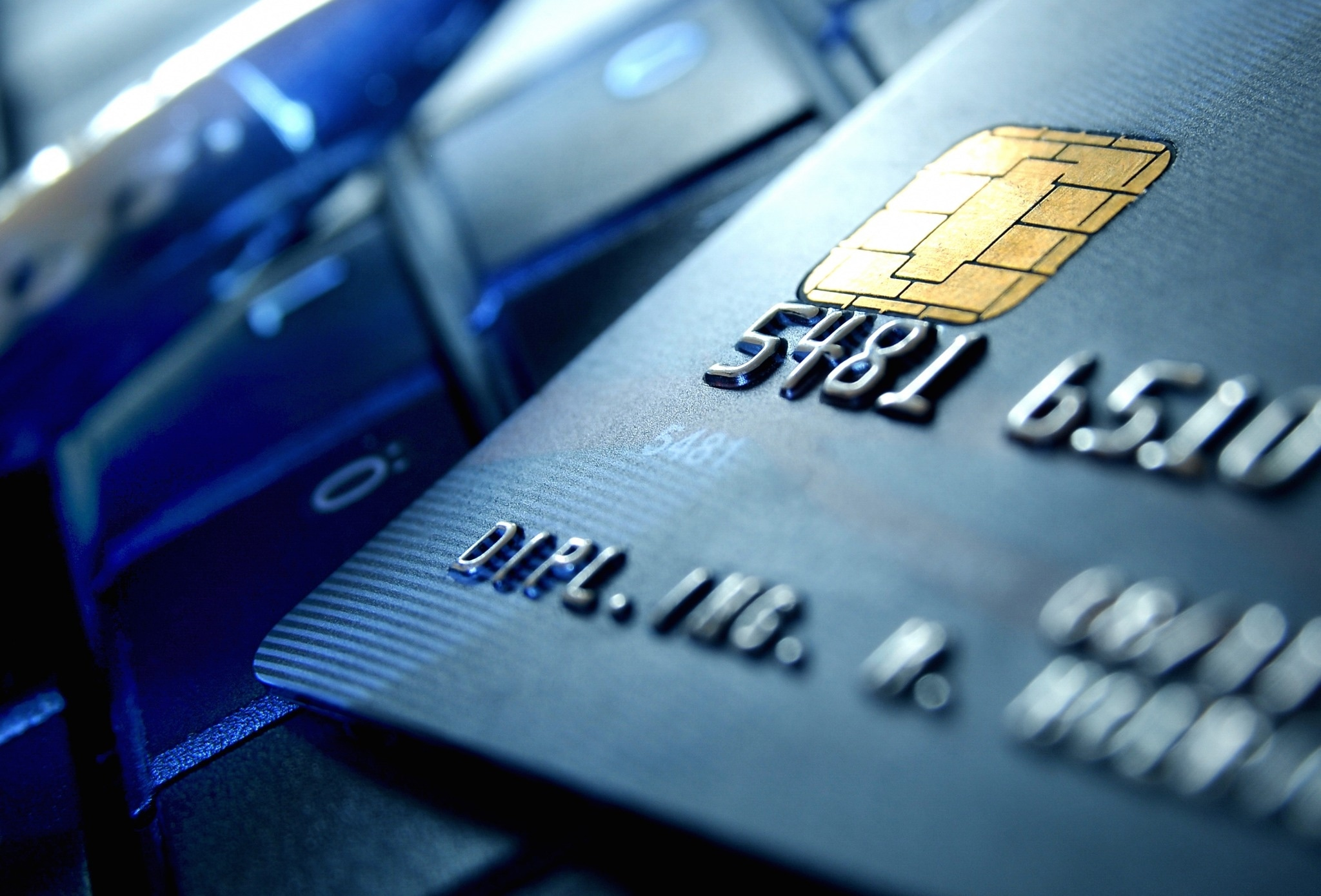 Should You Carry a Balance on Your Credit Card? 15 Common Credit Card Myths and Truths