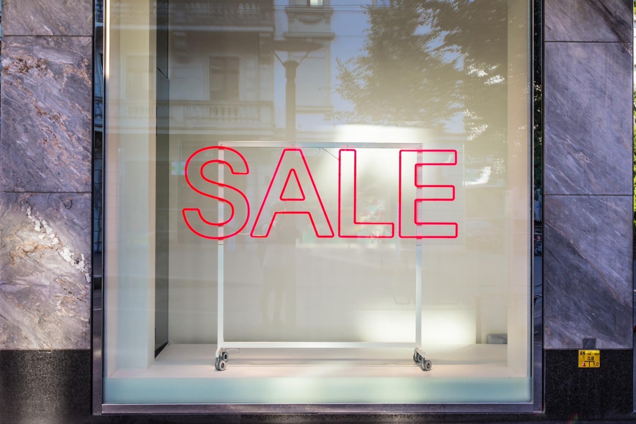 5 Stores You've Never Heard Of That Give Amazing Discounts