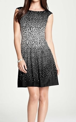Ann Taylor Offers 30% Off Sitewide And Free Shipping