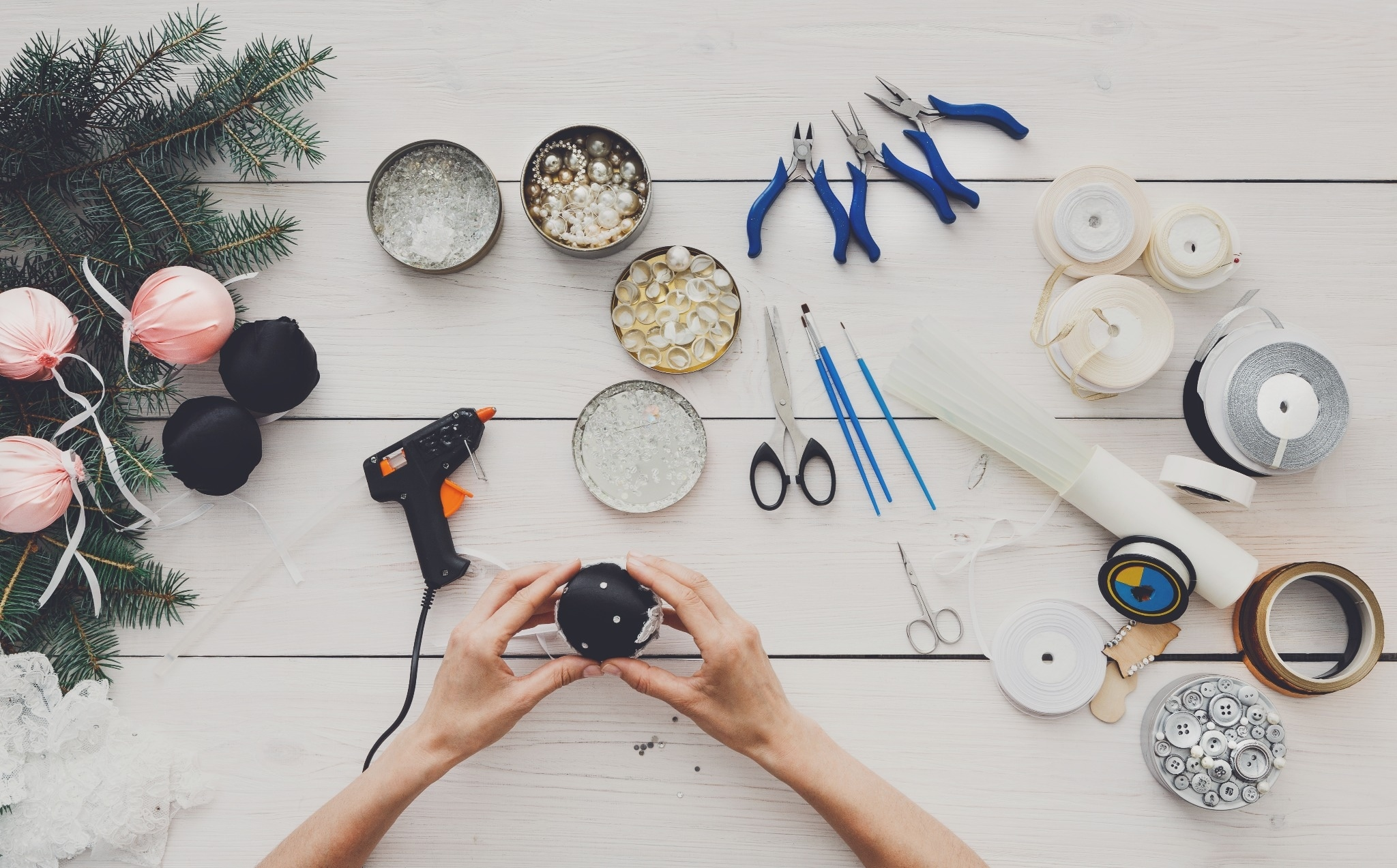 From the Workshop to the Web: These are the Top 20 Craft & DIY Micro-Influencers
