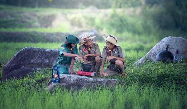 Travel, Dining, & Retail Store Discounts for Boy Scouts and Girl Scouts