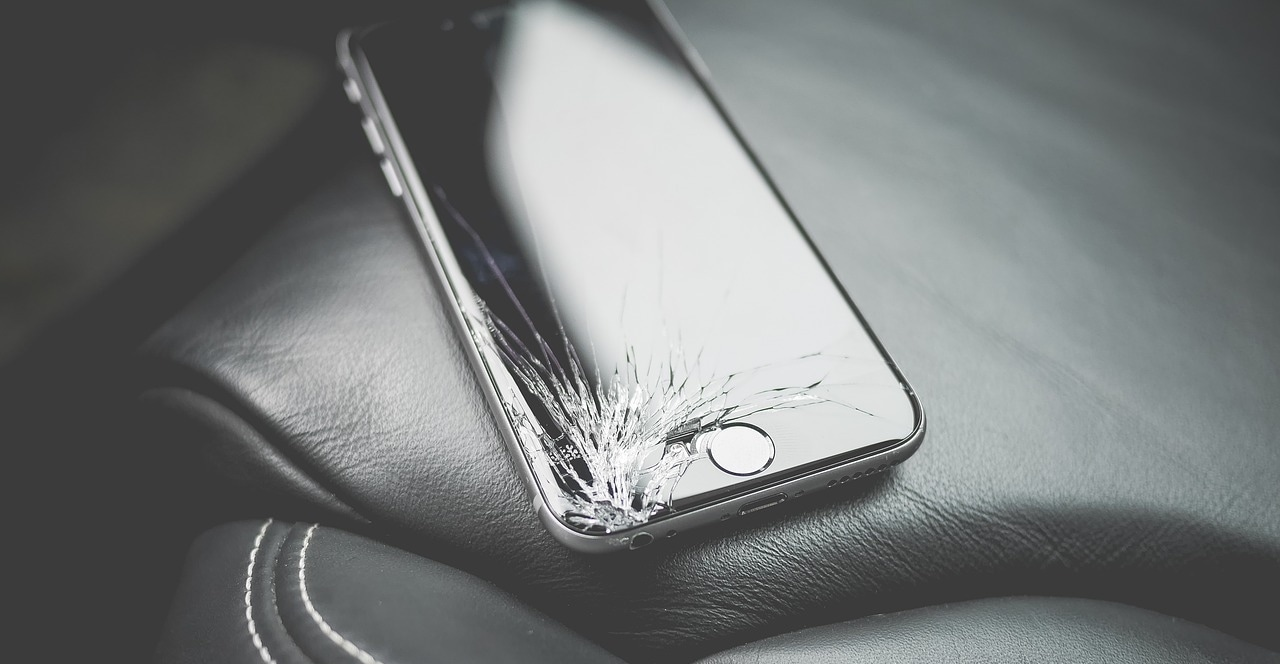 50 Devices, Kits, and Services to Save Money on Cracked Smartphone Screen Repairs
