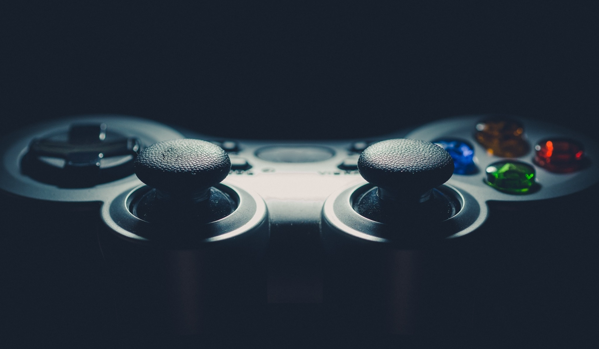 25 Surprising Facts about eSports and the Professional Video Gaming Industry