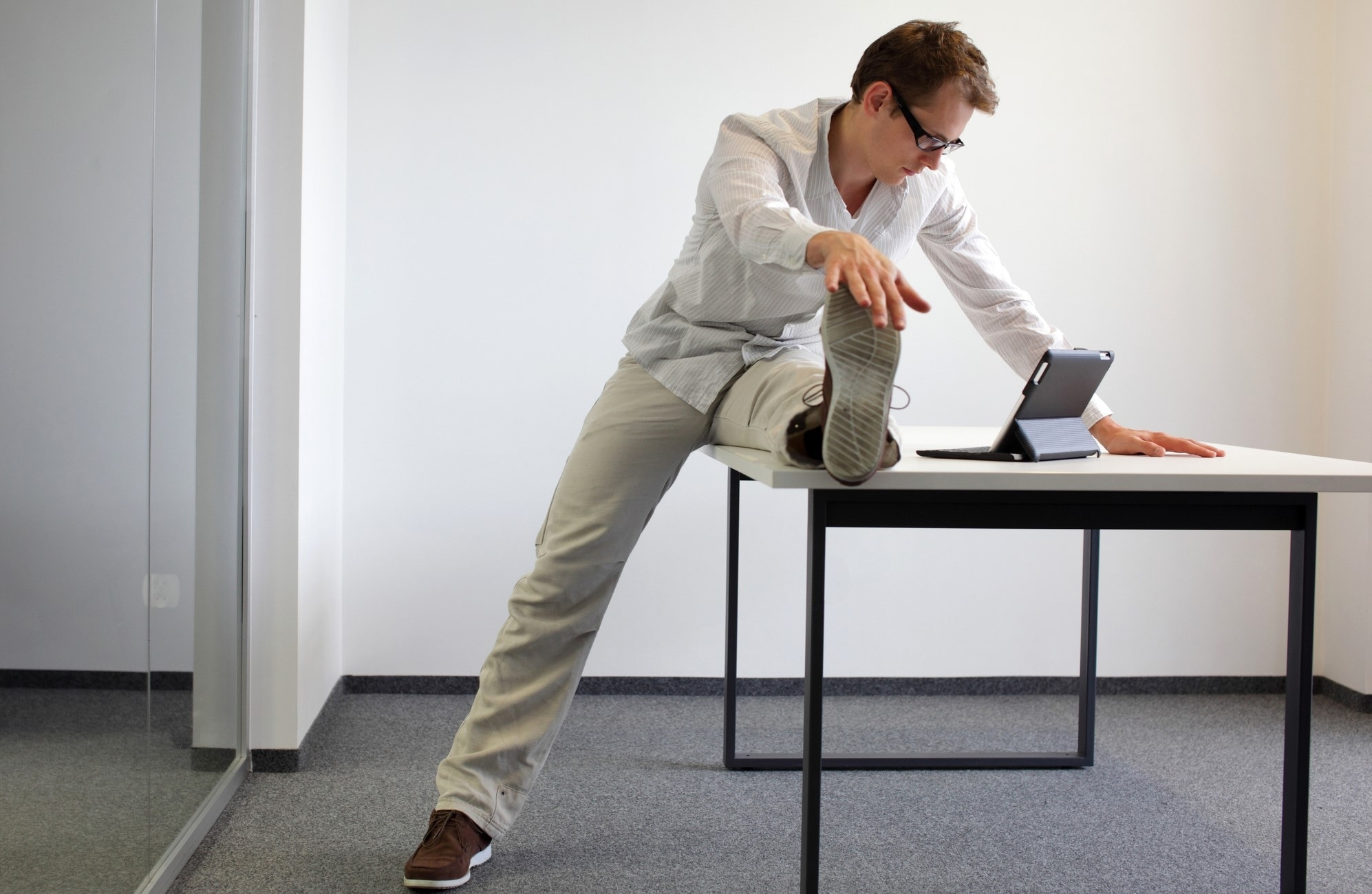 Sitting at a Desk All Day? Here's How to Burn 20% More Energy While Working.