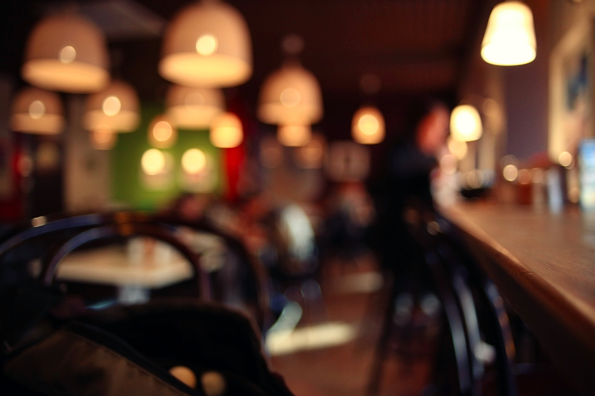 How to Eat Out Regularly Without Breaking Your Budget