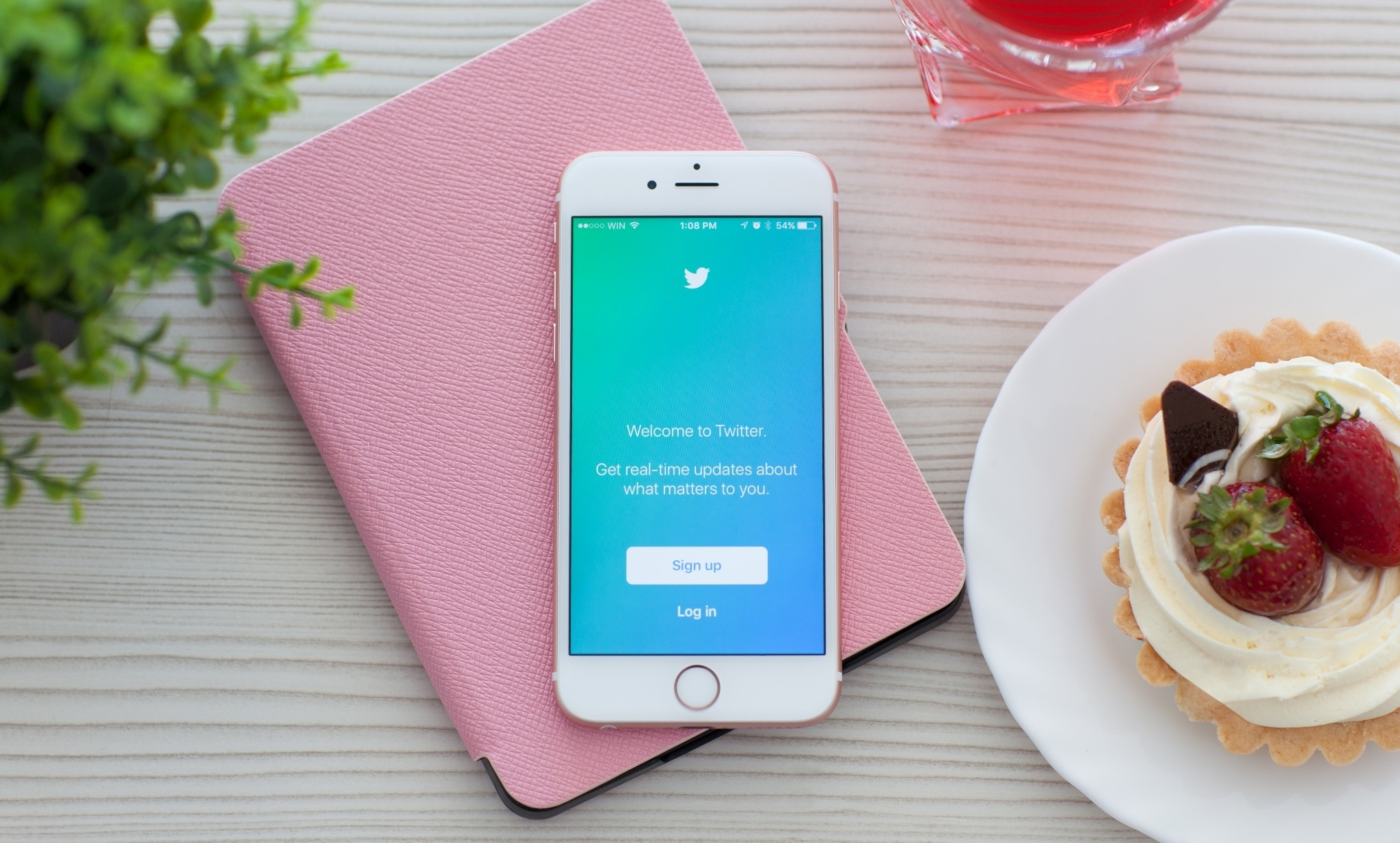 An Influencer's Guide to Twitter: 10 Tips for Success