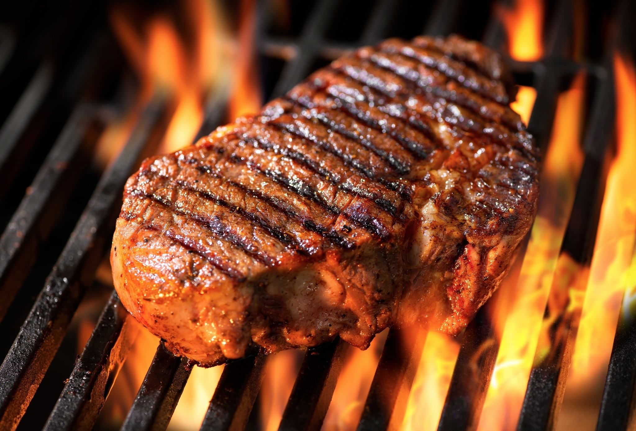 Which Online Steak Site Offers the Best Value and Deals?