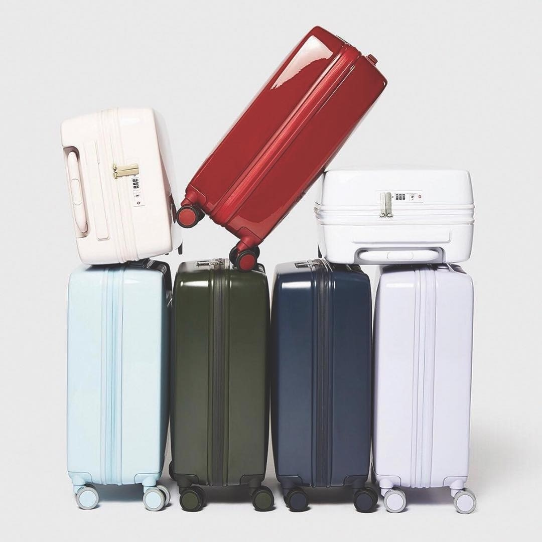 Raden's Smart Luggage Can Help You Avoid Those Annoying Overweight Bag Fees