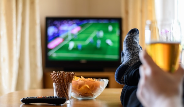 7 Ways to Stream Live TV for Under $40 per Month (without Cable)