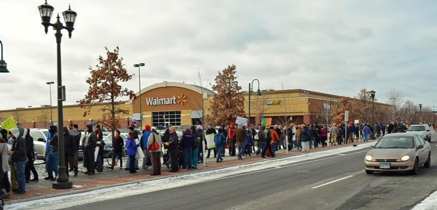 Which Stores Start Black Friday on Thanksgiving?